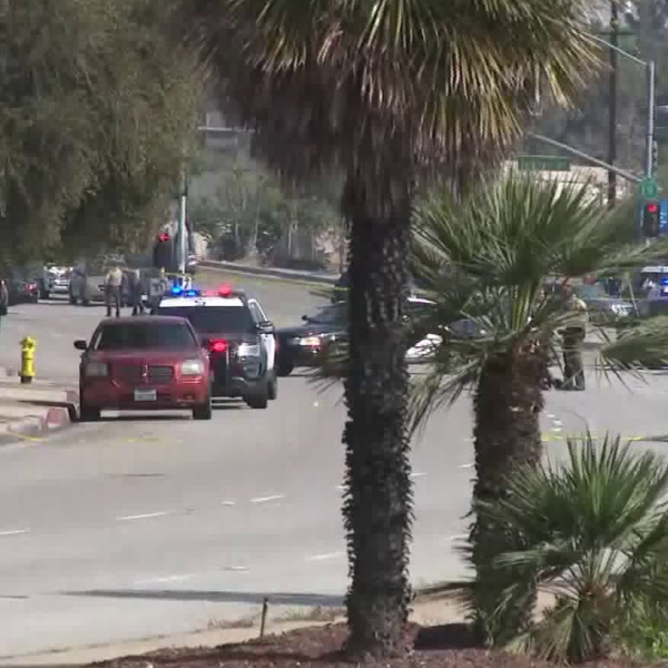 Authorities investigate a deputy-involved shooting in South El Monte on June 28, 2018. (Credit: KTLA)