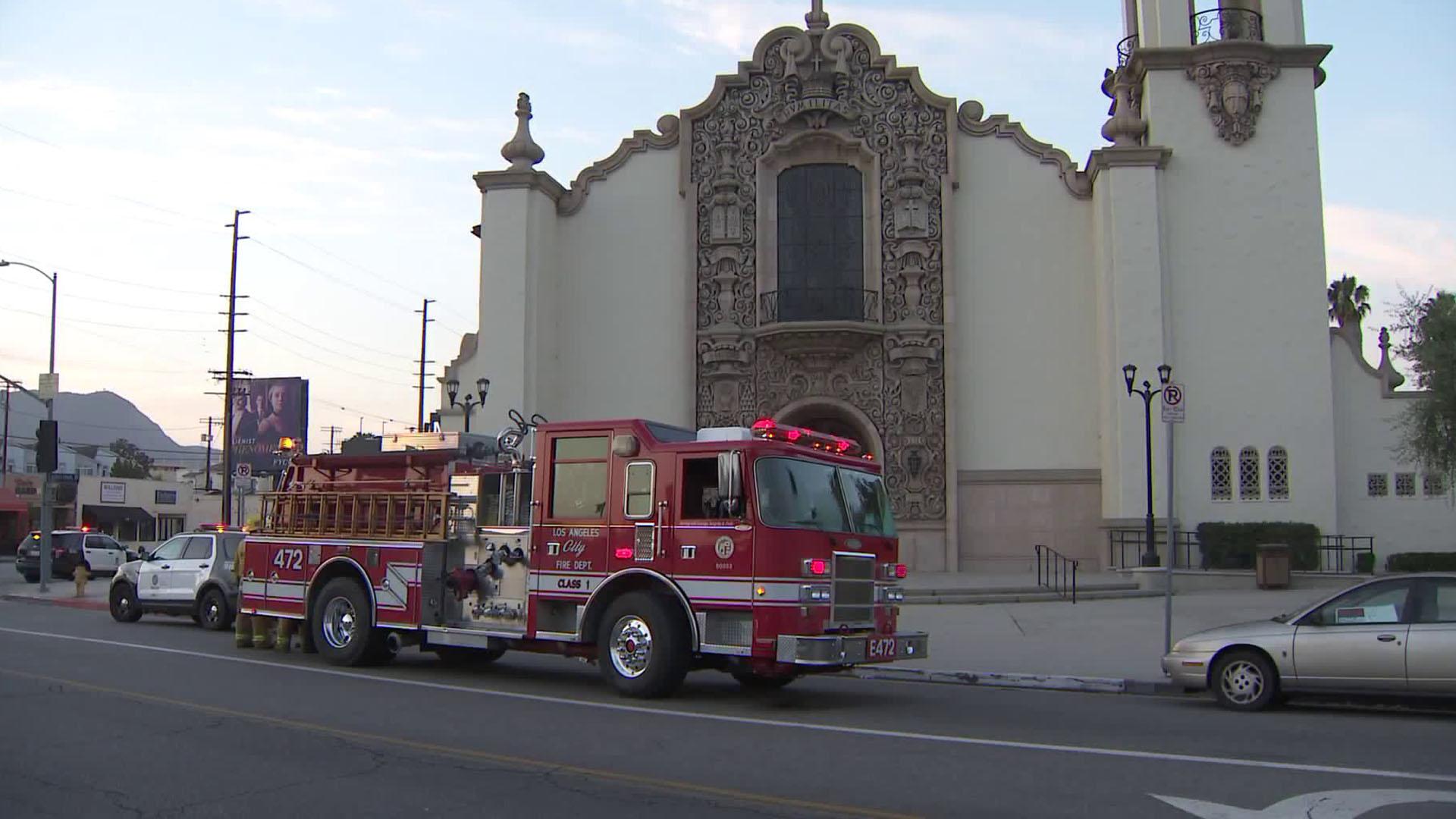 Crews respond to the St. Charles Borromeo Catholic Church in North Hollywood on July 25, 2018. (Credit: KTLA)