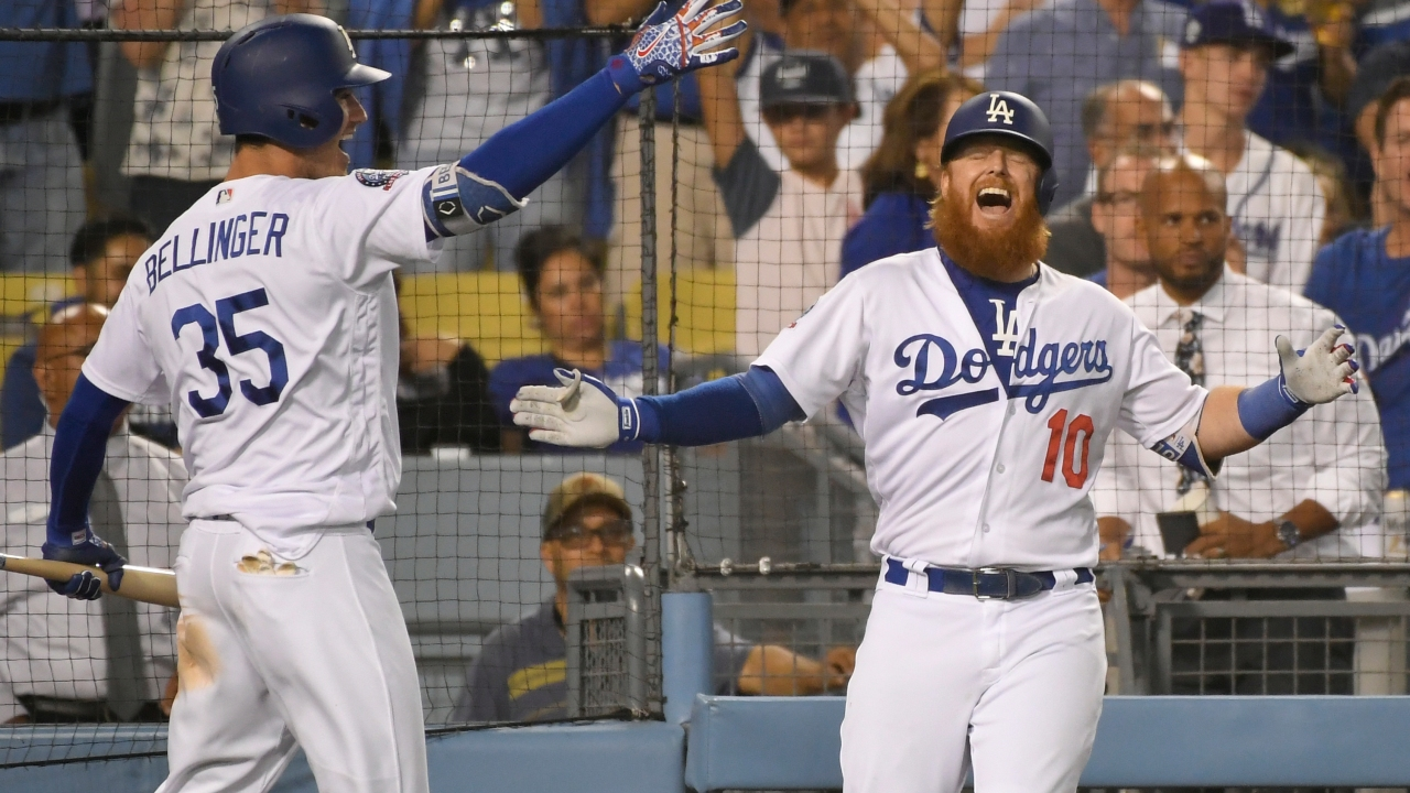 Justin Turner's Solo Homer in 8th Lifts Dodgers to 3-2 Win Over Diamondbacks