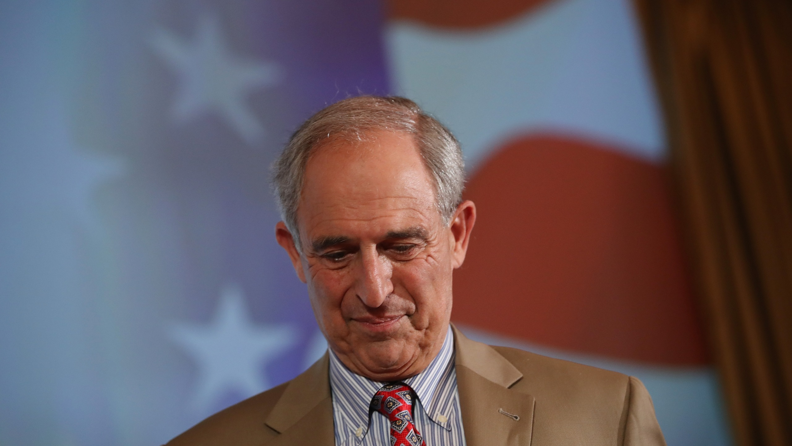 Lanny Davis arrives for a debate with Steve Bannon at Zofin Palace on May 22, 2018 in Prague, Czech Republic. (Credit: Sean Gallup/Getty Images)