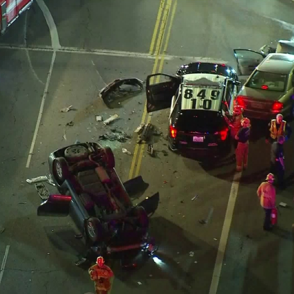 A Los Angeles police cruiser was involved in a multi-vehicle crash in Lake Balboa on Aug. 13, 2018. (Credit: KTLA)
