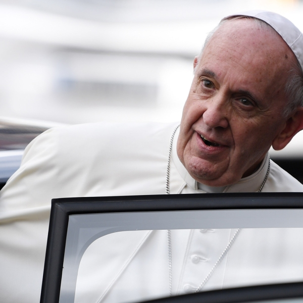 Pope Francis leaves after meeting dignitaries at Dublin Castle in Dublin, Ireland, on Aug. 25, 2018. (Credit: Jeff J Mitchell/Getty Images)