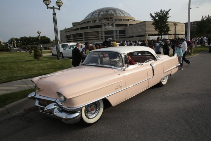A pink Cadillac seen outside the viewing of Aretha Franklin at the Charles H. Wright Museum of African American History on Aug. 28, 2018. (Credit: JEFF KOWALSKY/AFP/Getty Images)