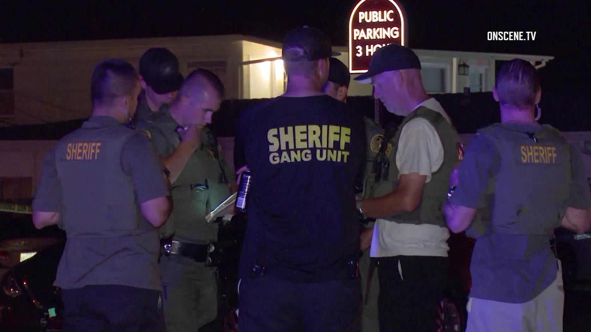 Deputies respond to a stabbing in San Clemente on Aug. 4, 2018. (Credit: OnScene.TV/KTLA)