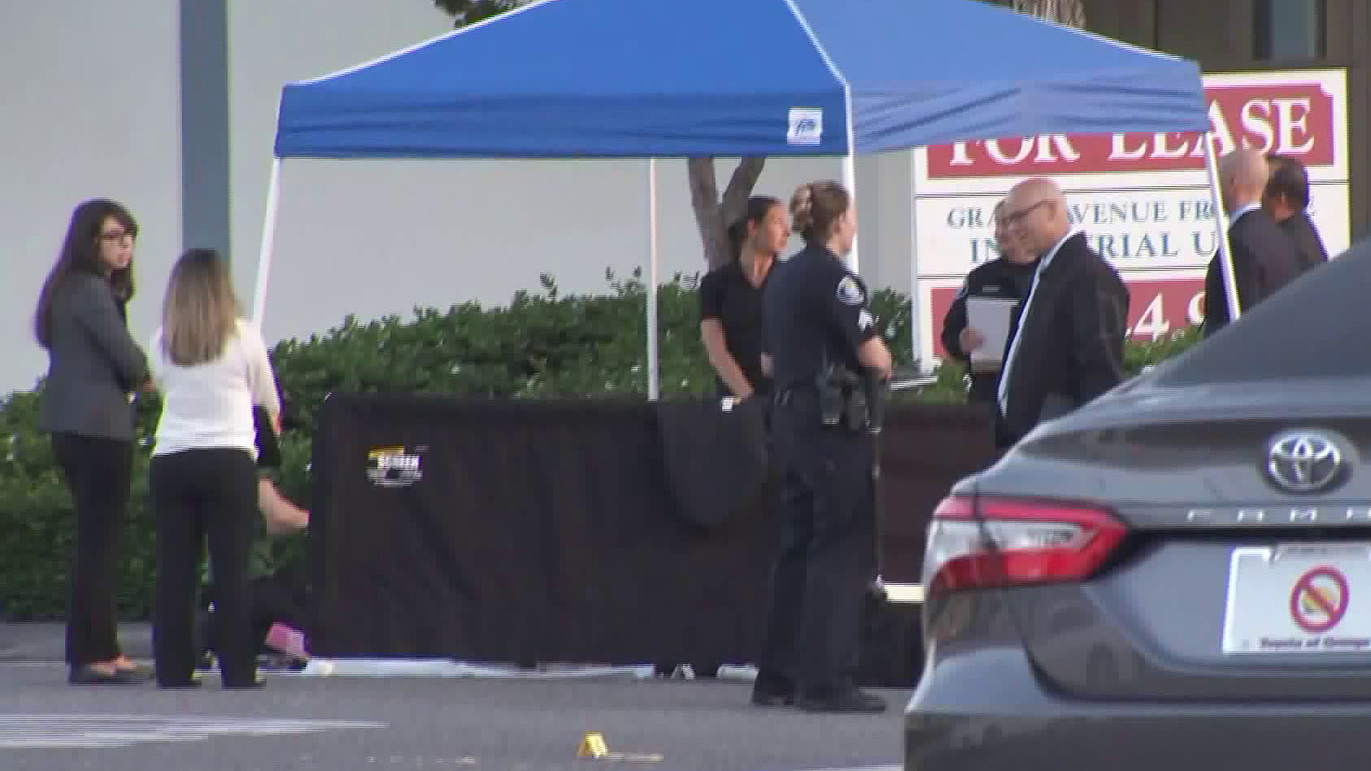 Police investigate a deadly shooting in Santa Ana on Aug. 14, 2018. (Credit:KTLA)