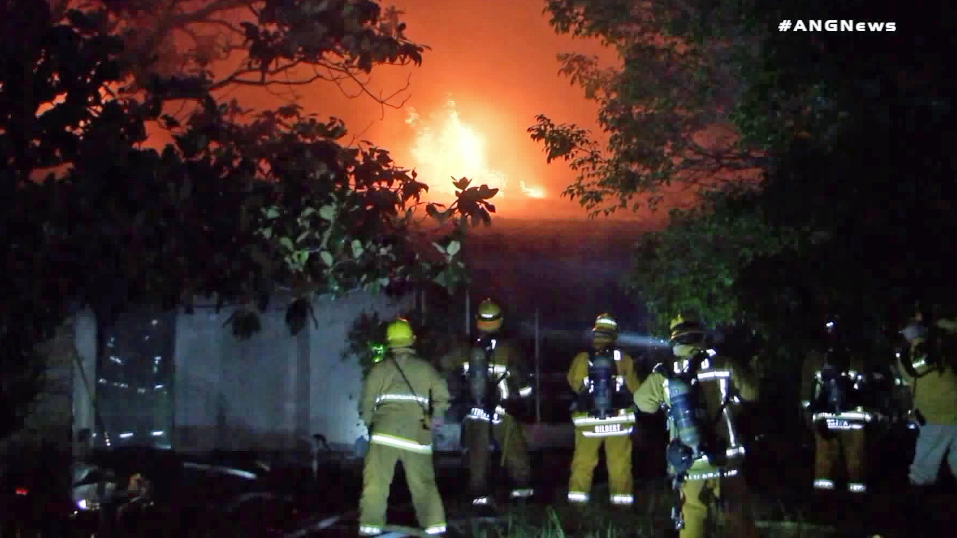 Firefighters battle a blaze in Brentwood on Sept. 14, 2018. (Credit: ANGNews)