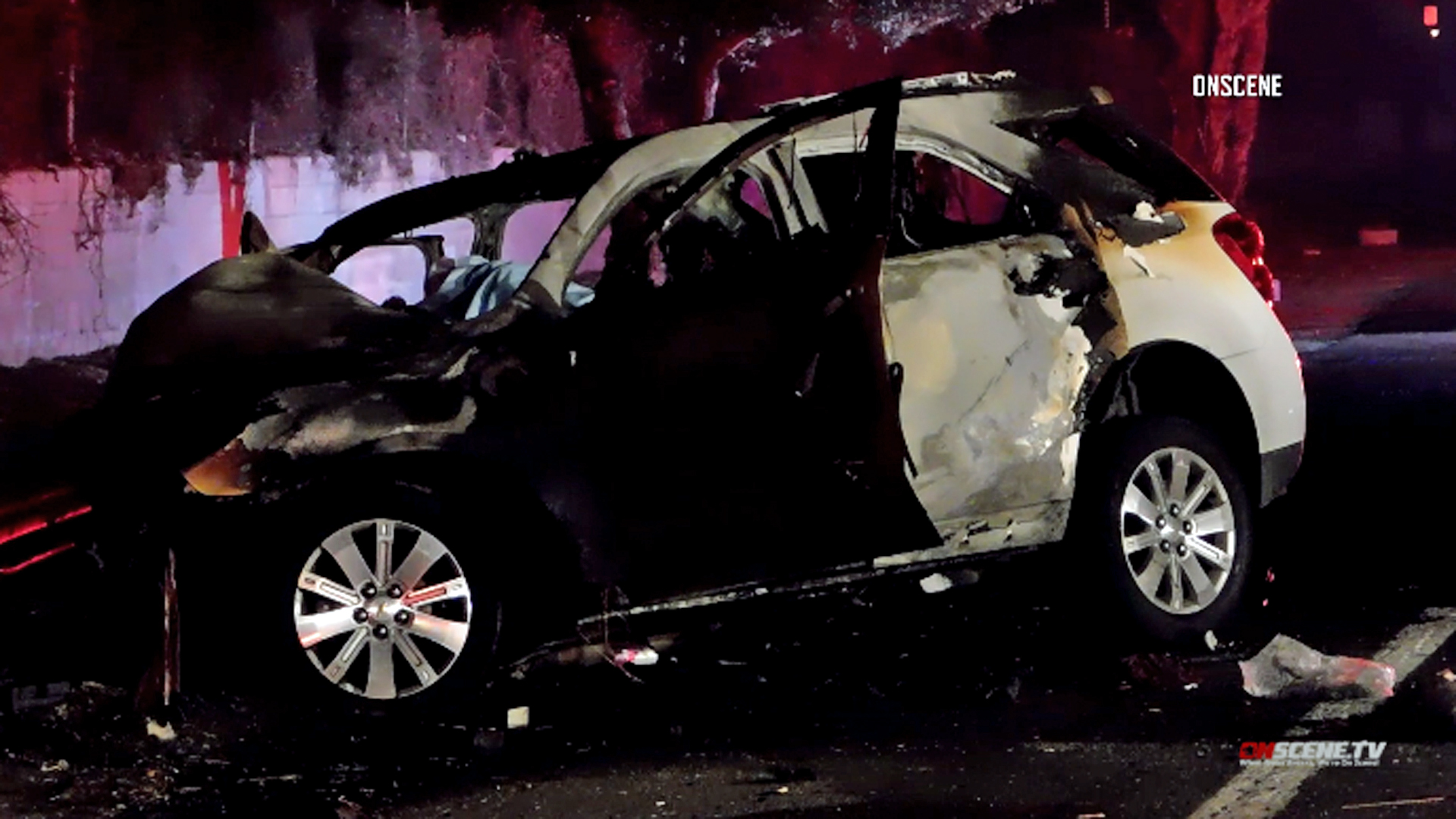 One person was killed in a crash on the 60 Freeway in Ontario on Sept. 26, 2018. (Credit: OnScene.TV)