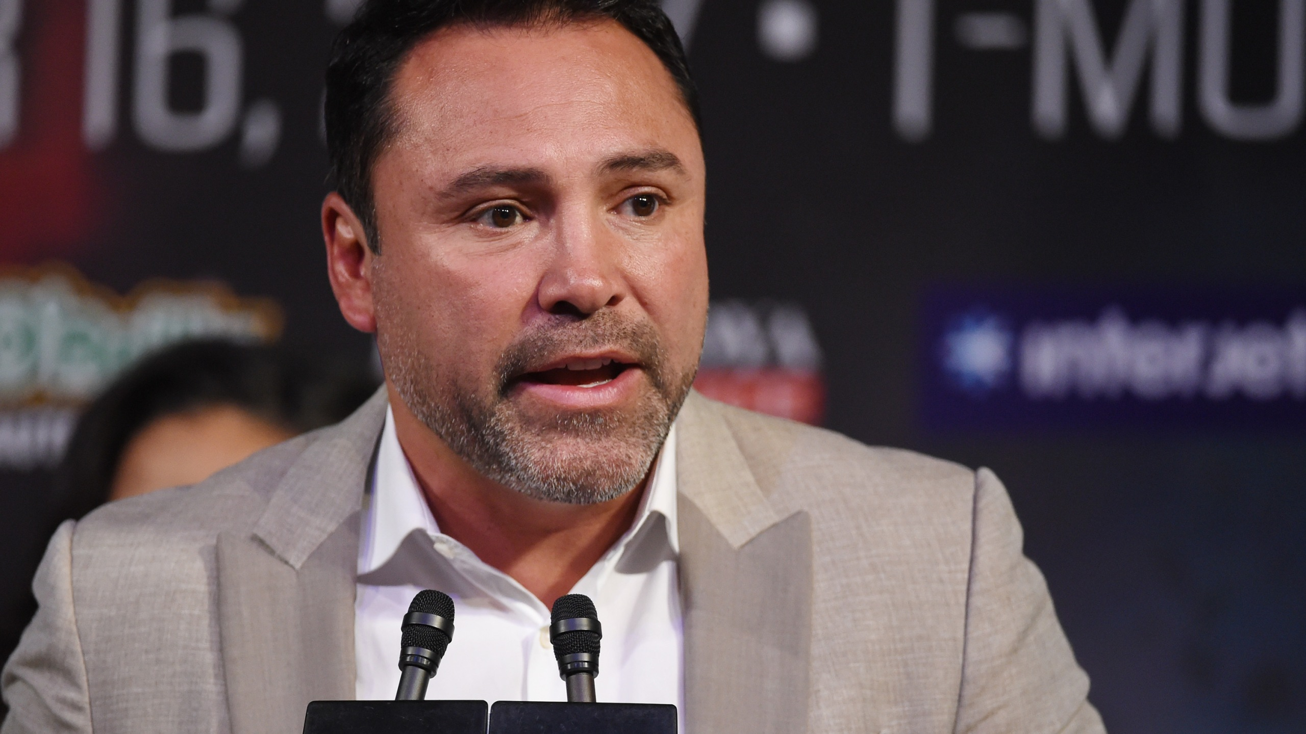 Golden Boy Promotions Chairman and CEO Oscar De La Hoya speaks during a news conference for the bout between middleweight champion Gennady Golovkin and Canelo Alvarez at MGM Grand Hotel & Casino in Las Vegas on Sept. 12, 2017. (Credit: Ethan Miller / Getty Images)