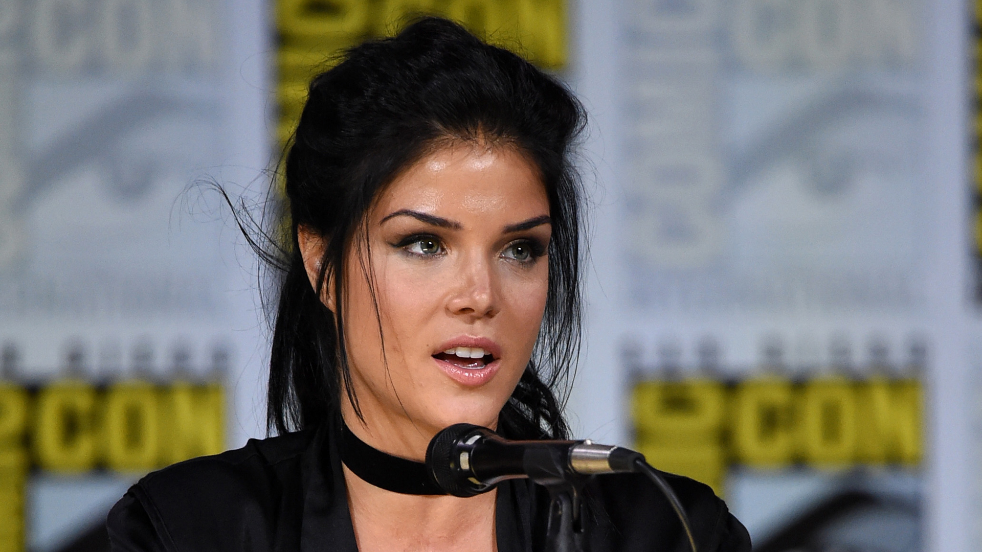 "Marie Avgeropoulos speaks onstage at Comic-Con International 2017 ""The 100"" panel at San Diego Convention Center on July 21, 2017. (Credit: Mike Coppola/Getty Images)"