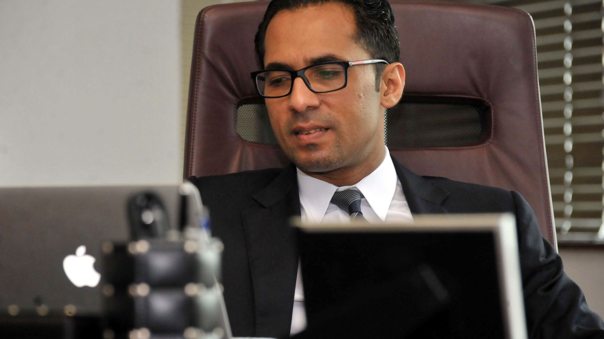 A file picture taken on April 23, 2015, shows Tanzanian businessman Mohammed Dewji at his office in Dar es Salaam. (Credit: KHALFAN SAID HASSAN/AFP/Getty Images)