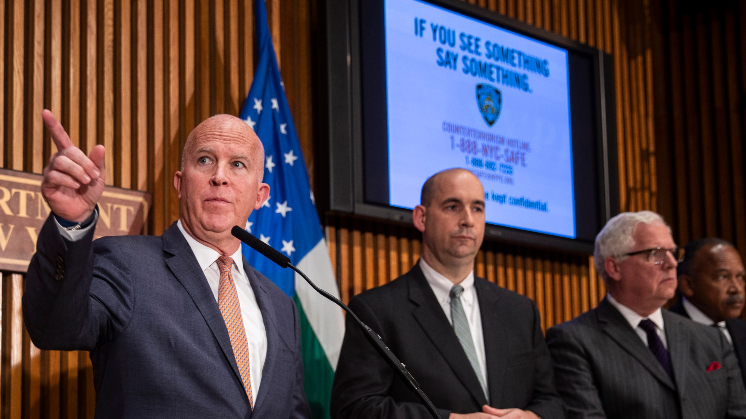 New York City Police Commissioner James O'Neill, left, leads a press conference regarding the recent package bombings, at NYPD headquarters, Oct. 25, 2018. (Credit: Drew Angerer/Getty Images)