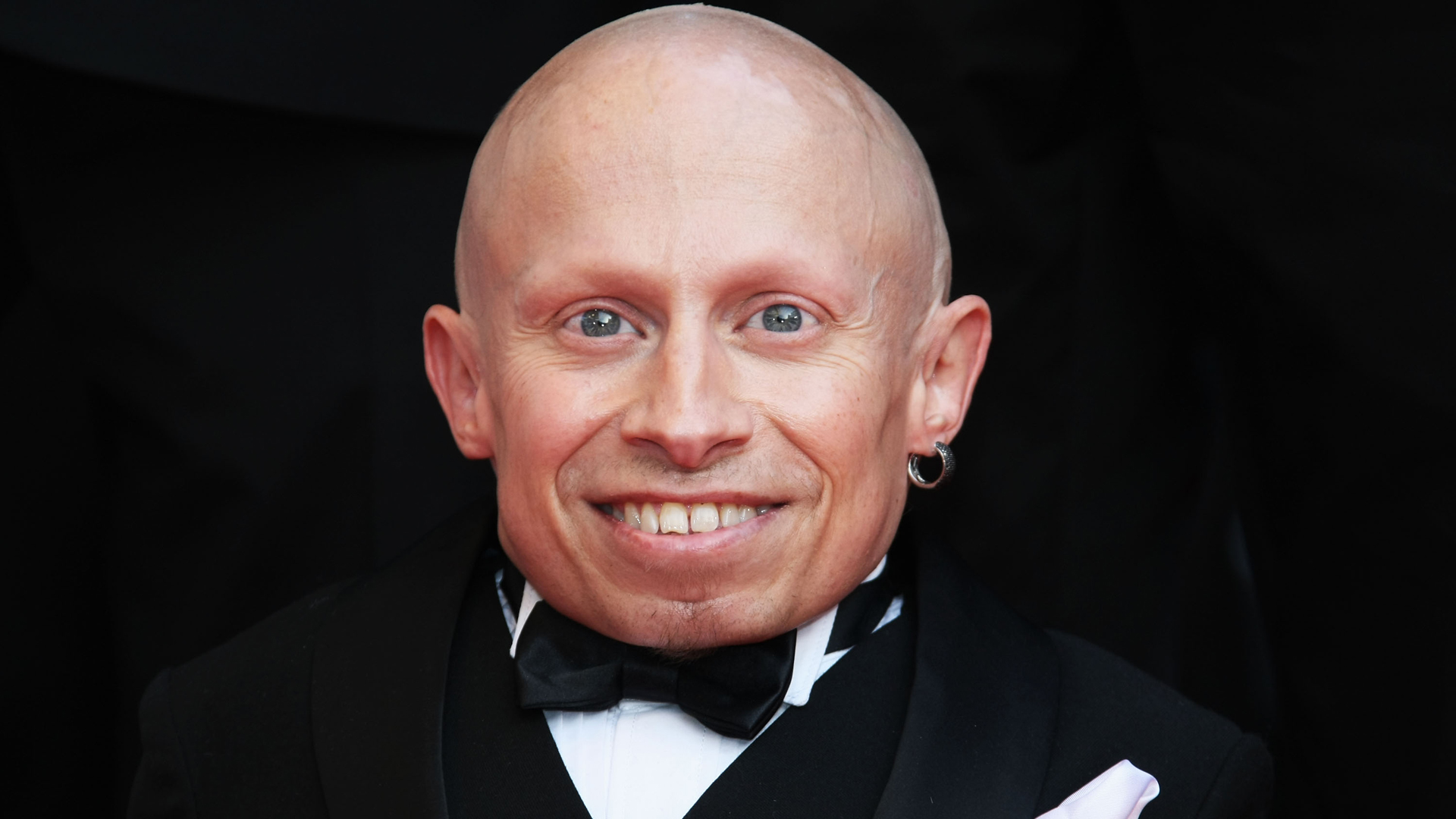 "In this file photo, actor Verne Troyer attends ""The Imaginarium Of Doctor Parnassus"" premiere at the Palais De Festivals during the 62nd International Cannes Film Festival on May 22, 2009 in Cannes, France. (Credit: Kristian Dowling/Getty Images)"