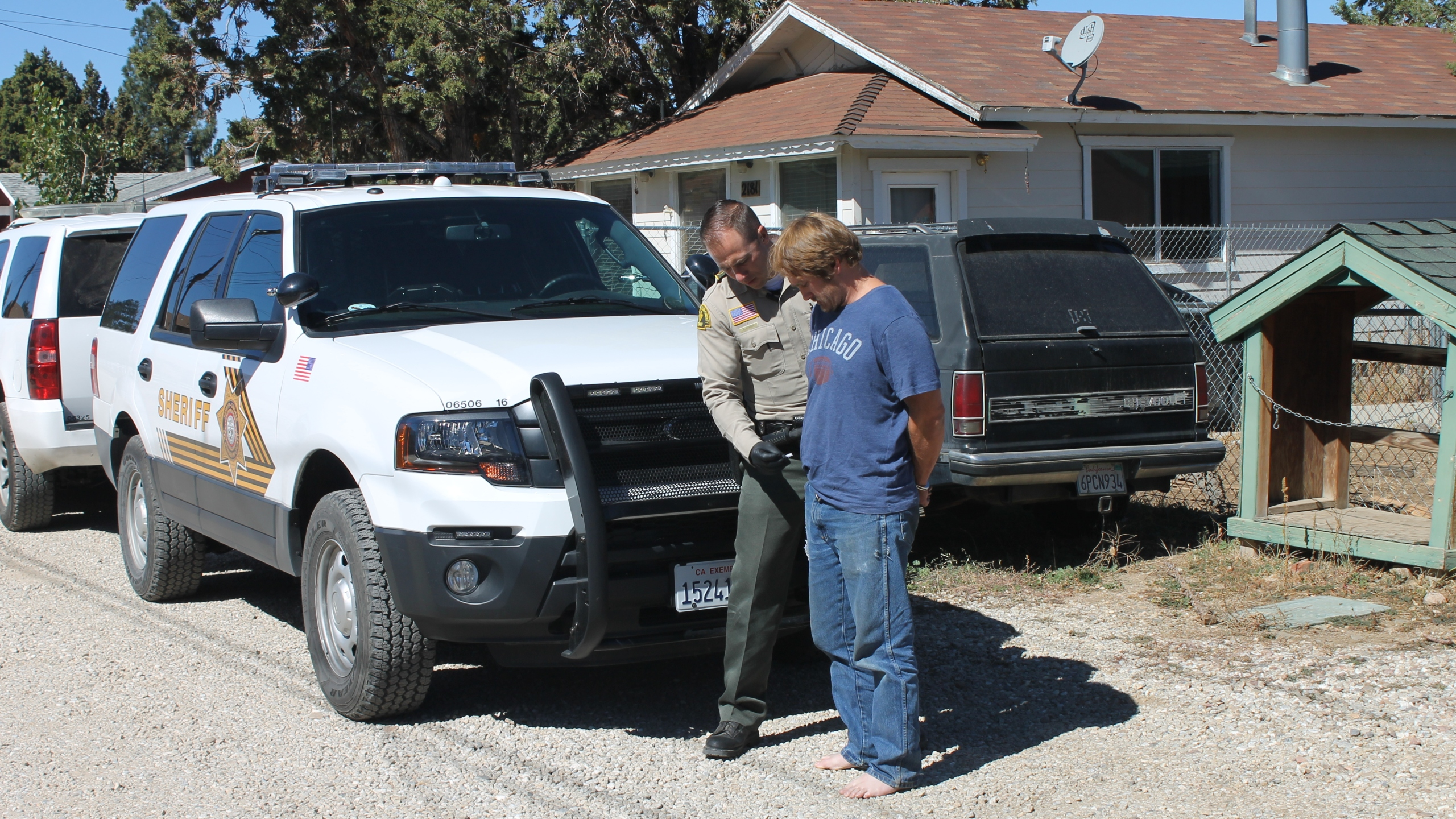 Terrance Jerome Nank, 45, is taken into custody by a San Bernardino County sheriff's deputy in Sugarloaf in this photo released Oct. 10, 2018, by the Sheriff's Department.