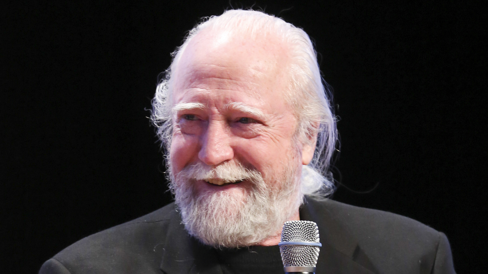 Actor Scott Wilson speaks at a panel discussion following the screening of 'The Walking Dead' on Feb. 8, 2014, in Atlanta. (Credit: Catrina Maxwell/Getty Images for SCAD)
