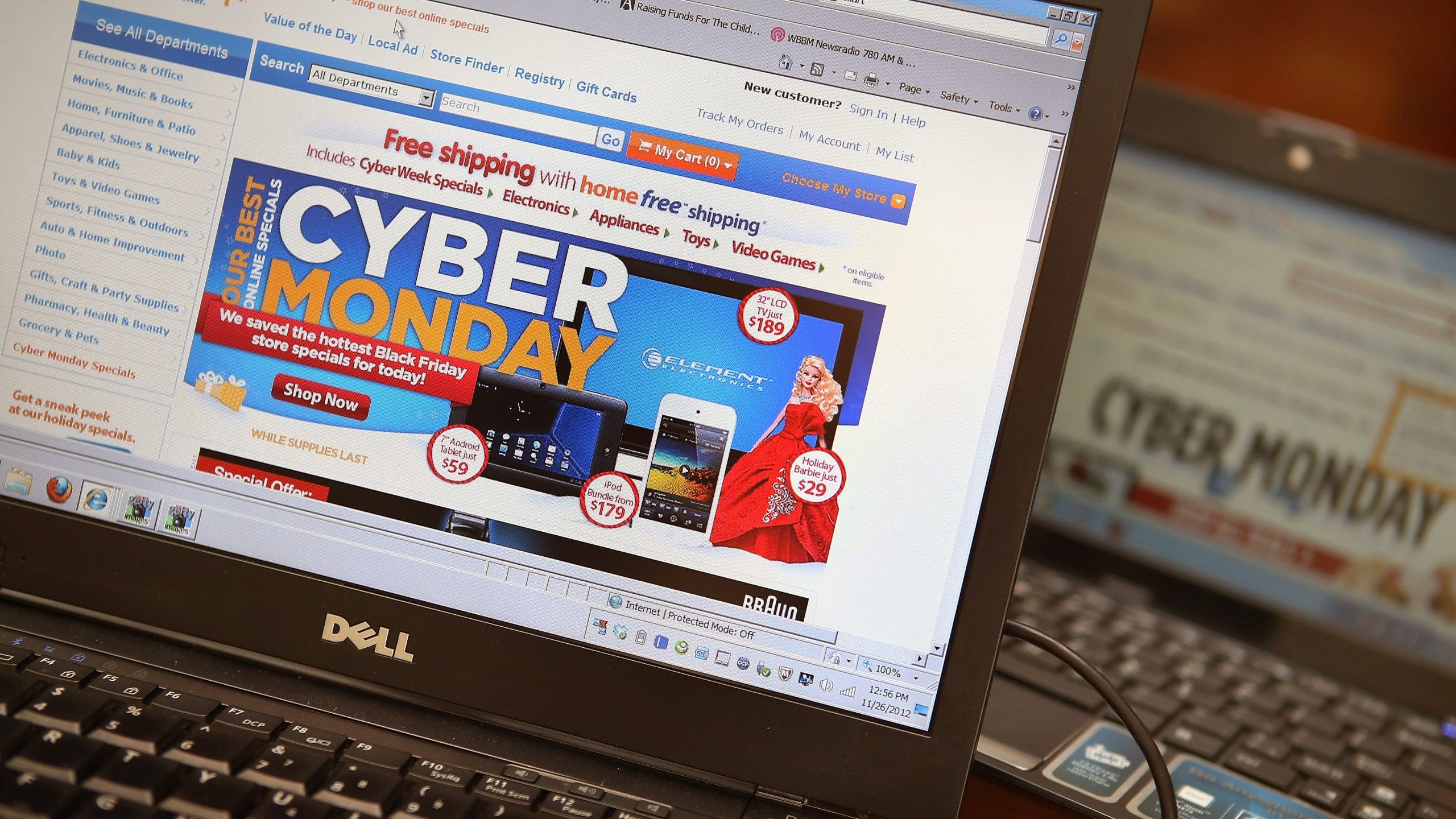Retailers advertise Cyber Monday deals on their websites on November 26, 2012 in Chicago, Illinois. (Credit: Scott Olson/Getty Images)