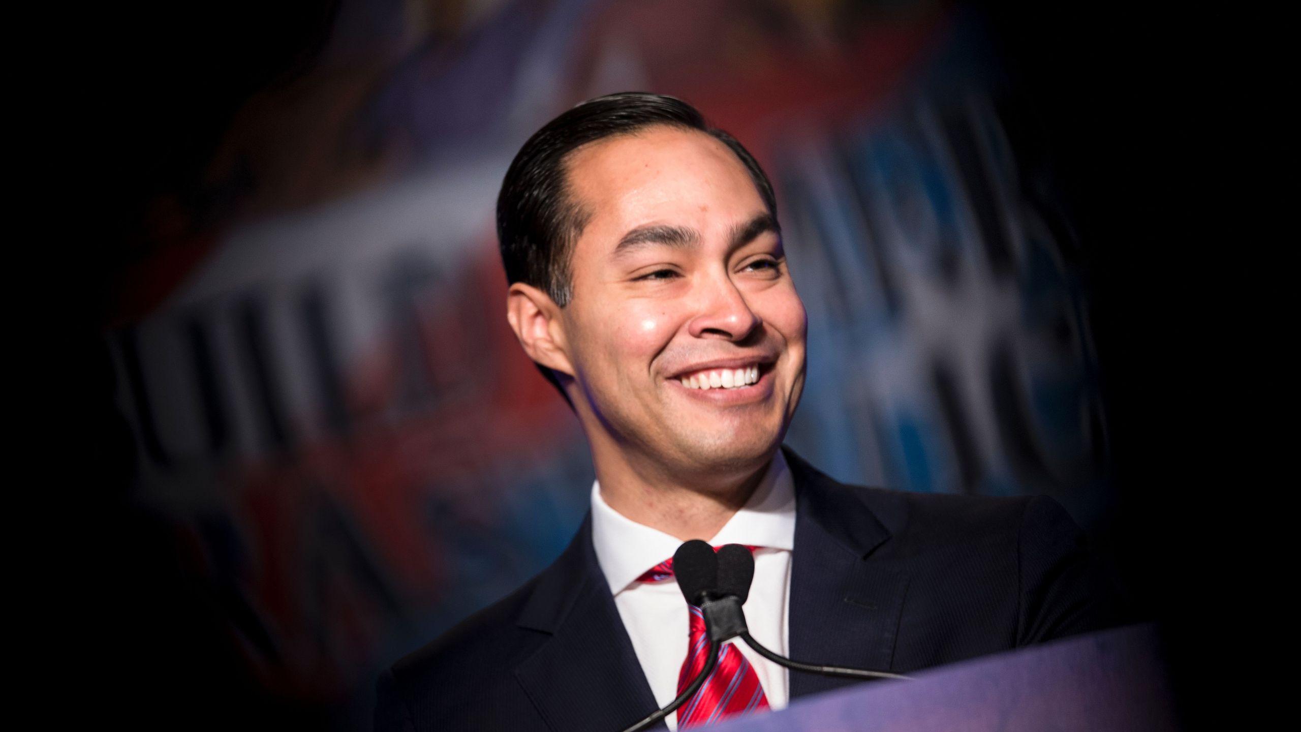 Julian Castro addresses the North American Building Trades Union National Legislative Conference on April 19, 2016 in Washington, D.C. (Credit: BRENDAN SMIALOWSKI/AFP/Getty Images)