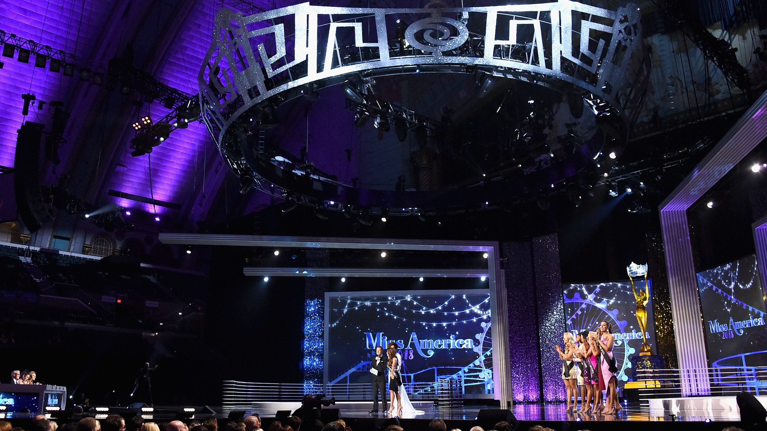 The 2018 Miss America Competition Show at Boardwalk Hall Arena on Sep. 10, 2017, in Atlantic City, New Jersey. (Credit: Michael Loccisano/Getty Images for Dick Clark Productions)