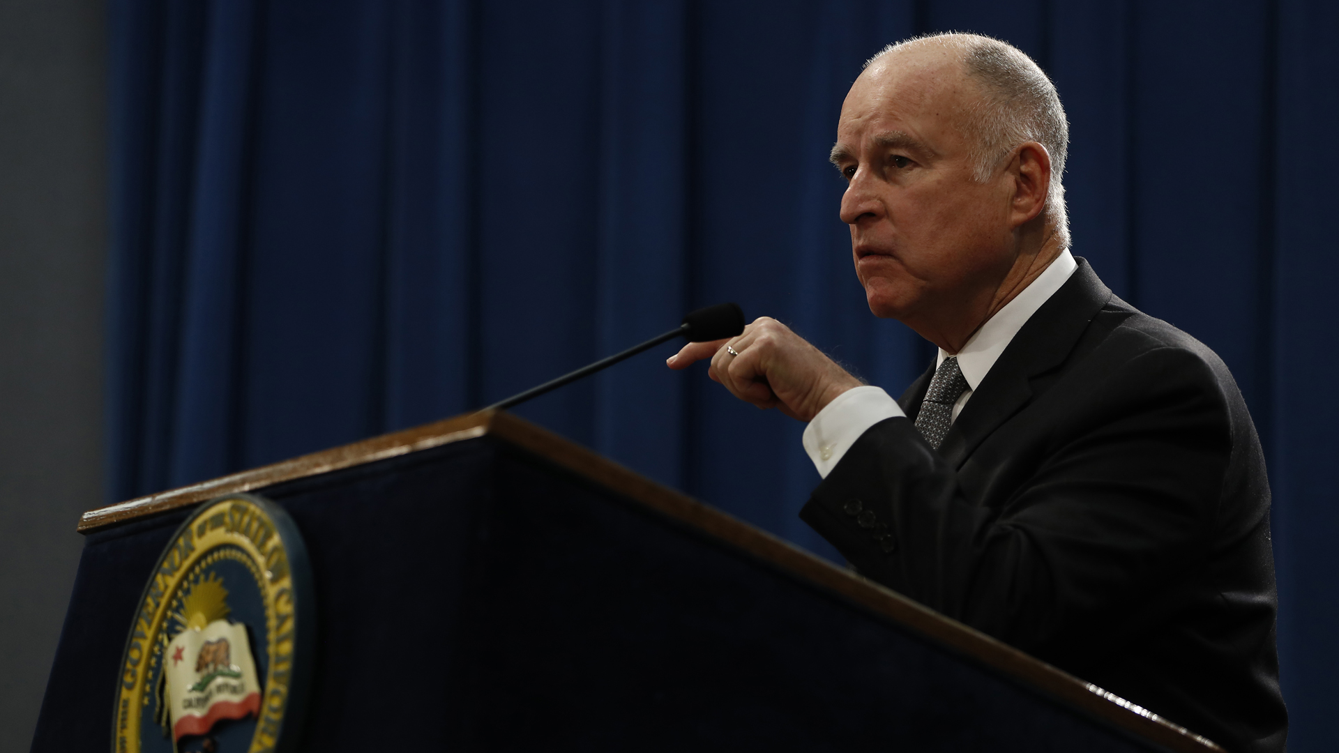 Governor Jerry Brown speaks during a press conference at the California State Capitol on March 7, 2018, in Sacramento, California. (Credit: Stephen Lam/Getty Images)