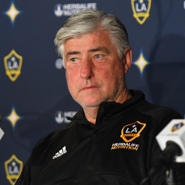 Sigi Schmid of the Los Angeles Galaxy listens as Zlatan Ibrahimovic #9 speaks during a press conference at StubHub Center on March 30, 2018 in Carson. (Credit: Jayne Kamin-Oncea/Getty Images)