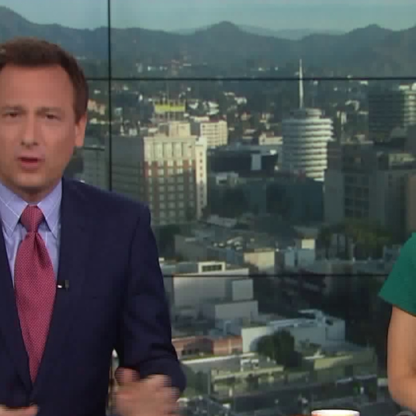 Chris Burrous and Lauren Lyster co-anchor the KTLA 5 Morning News in this undated photo. (Credit; KTLA)
