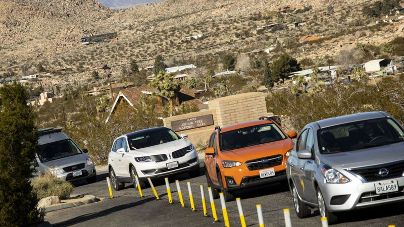 Despite the partial government shutdown affecting many public parks, visitors kept flowing into Joshua Tree National Park on Dec. 29, 2018. (Credit: Jay L. Clendenin / Los Angeles Times)