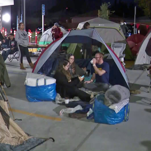 Campers lineup outside a Chick-fil-A in Burbank on Jan. 9, 2019. (Credit: KTLA)