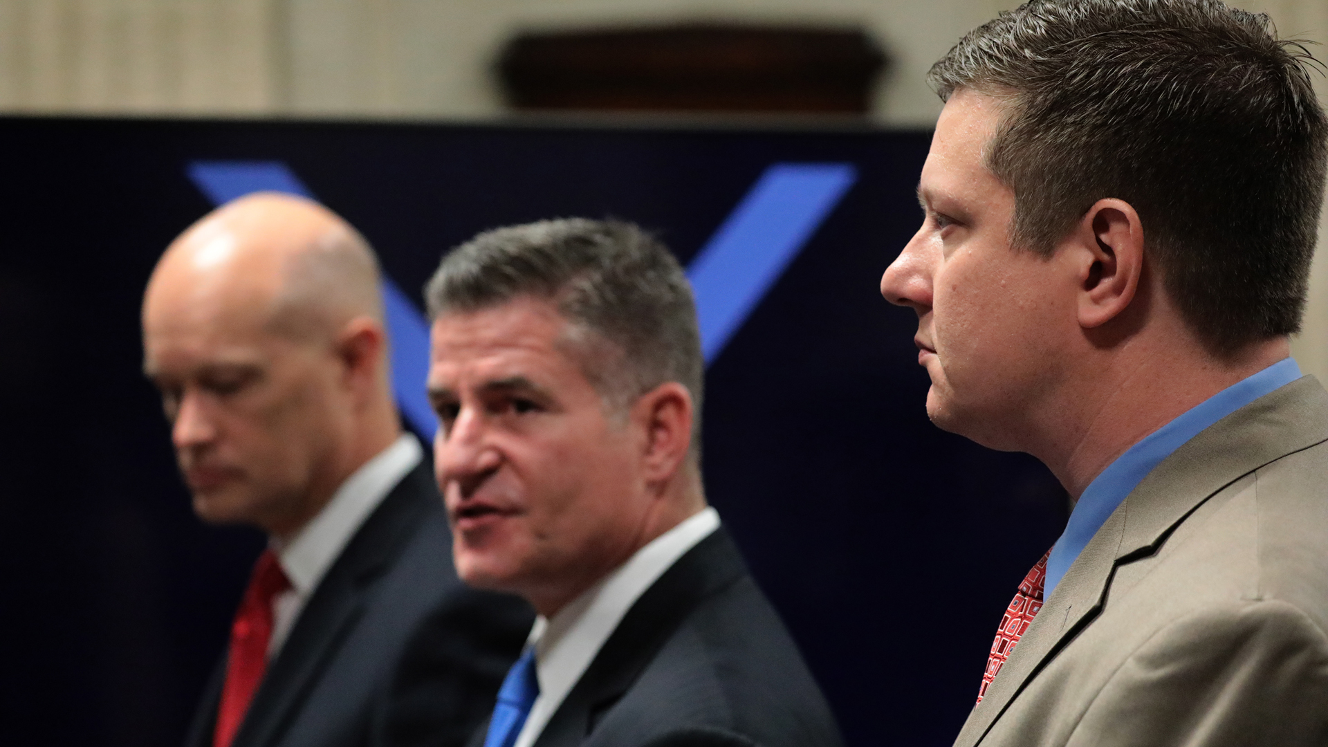 Prosecutor Joseph McMahon, defense attorney Daniel Herbert and Jason Van Dyke approach the judge's bench at the start of Officer Jason Van Dyke trial in the shooting death of Laquan McDonald, at the Leighton Criminal Court Building on Oct. 3, 2018, in Chicago, Illinois. (Credit: Antonio Perez-Pool/Getty Images)
