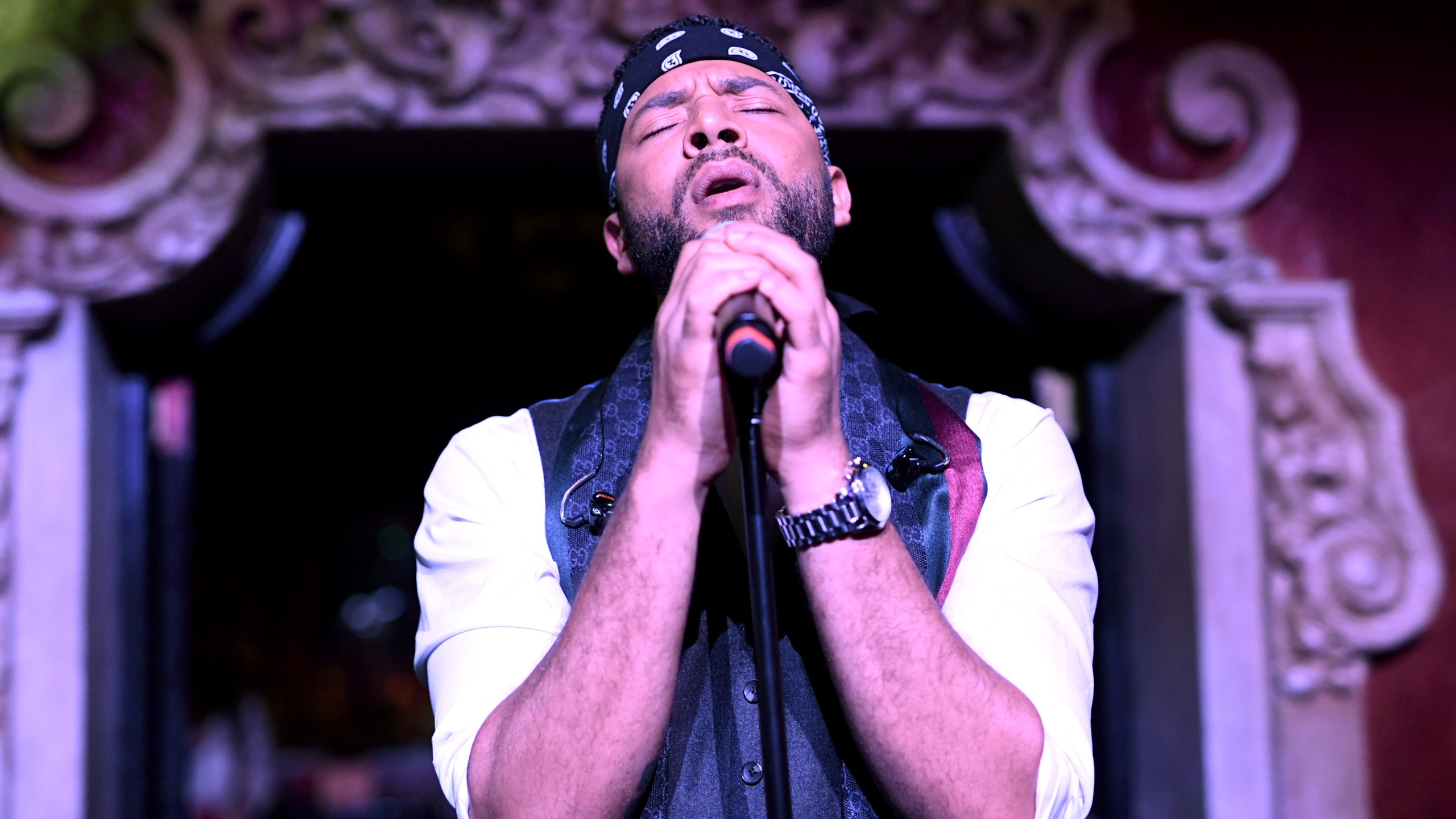 Jussie Smollett performs onstage during amfAR's Dance2Cure event at Bardot in Hollywood on Dec. 1, 2018. (Credit: Emma McIntyre / Getty Images)
