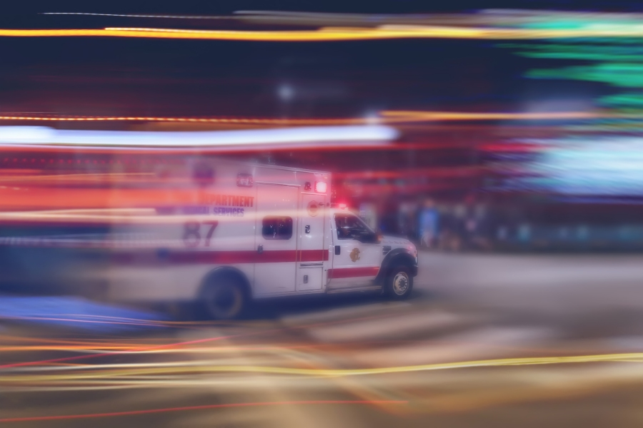 Infant in stroller struck, hospitalized in Long Beach hit-and-run crash