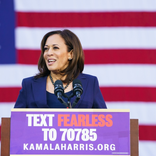 Kamala Harris (D-CA) speaks during her presidential campaign launch rally in Frank H. Ogawa Plaza on Jan. 27, 2019, in Oakland. (Credit: Mason Trinca/Getty Images)