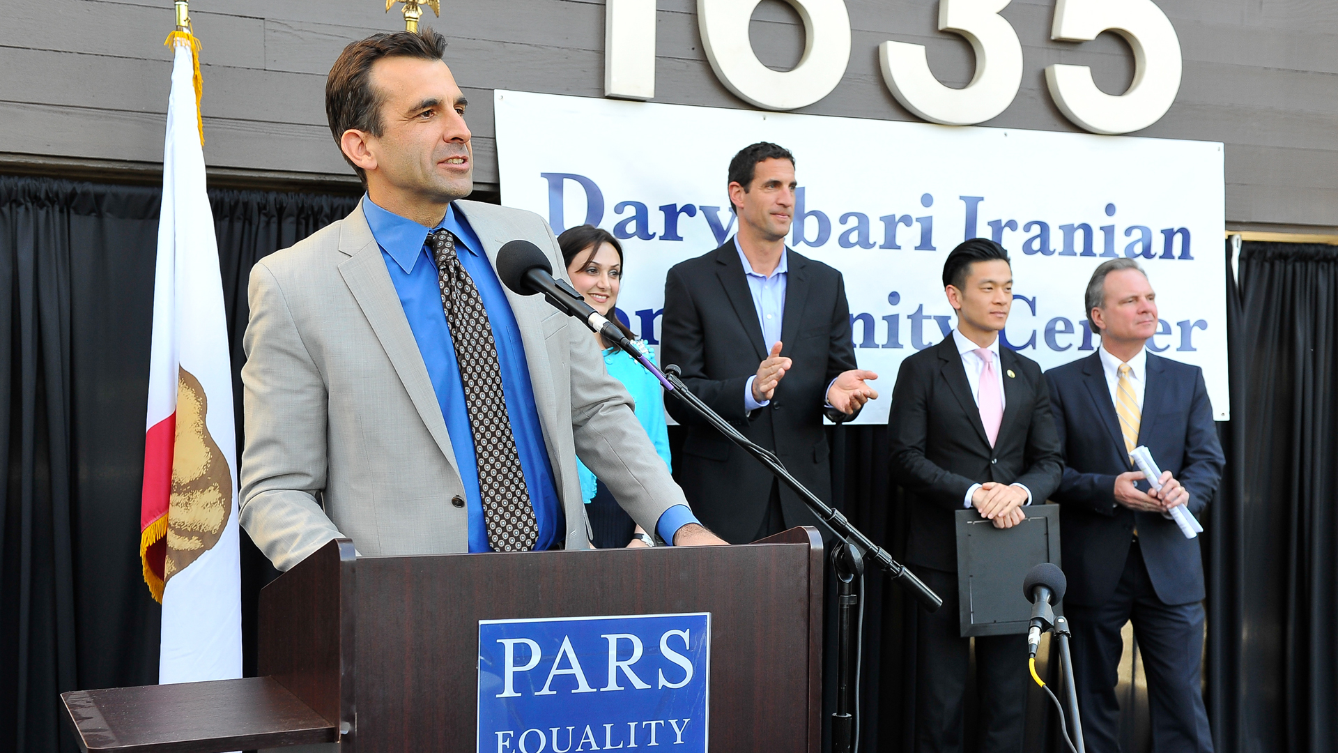 Mayor Sam Liccardo speaks at the Pars Equality Center's Daryabari Iranian Community Center Opening on April 16, 2015 in San Jose. (Photo by Steve Jennings/Getty Images for PARS EQUALITY CENTER)