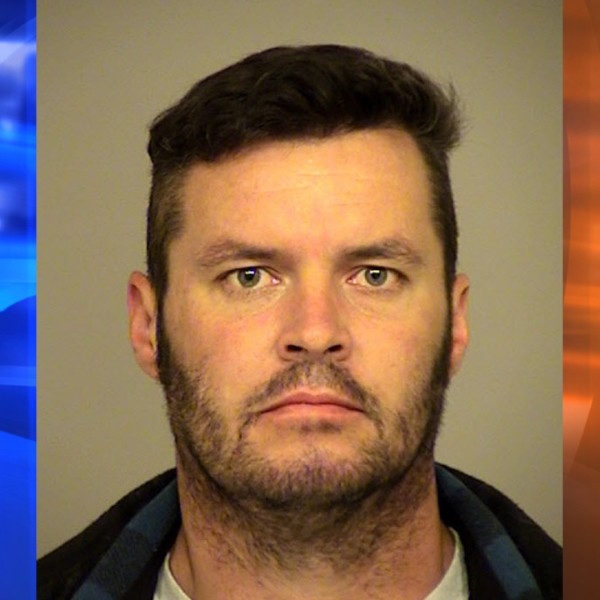 Donhvon Snyder, 35, is seen in a photo released by the the Ventura County Sheriff's Office on Jan. 6, 2018.