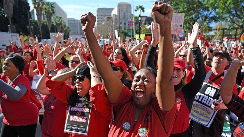 Teachers union members and supporters rally in downtown L.A.'s Grand Park in January, 2019. (Credit: Wally Skalij /Los Angeles Times)
