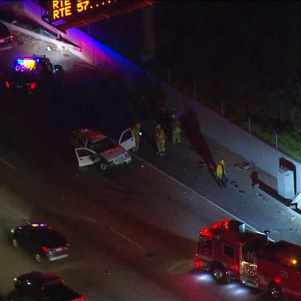 Authorities respond to the scene of a fatal crash in East Los Angeles on Feb. 25, 2019. (Credit: KTLA)