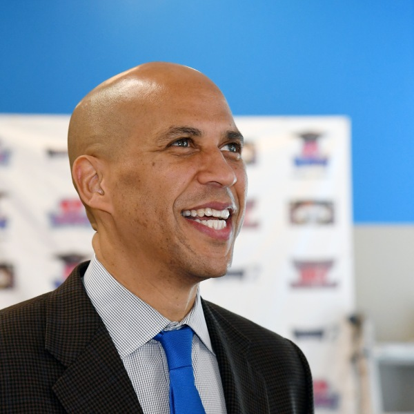 U.S. Sen. Cory Booker (D-NJ) visits Masterpiece Barber College as he campaigns for Nevada Democratic candidates on October 24, 2018 in Las Vegas, Nevada. (Credit: Ethan Miller/Getty Images)