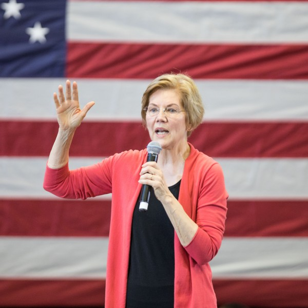 Sen. Elizabeth Warren (D-MA), speaks during a New Hampshire organizing event for her 2020 presidential exploratory committee at Manchester Community College on Jan. 12, 2019. (Credit: Scott Eisen/Getty Images)