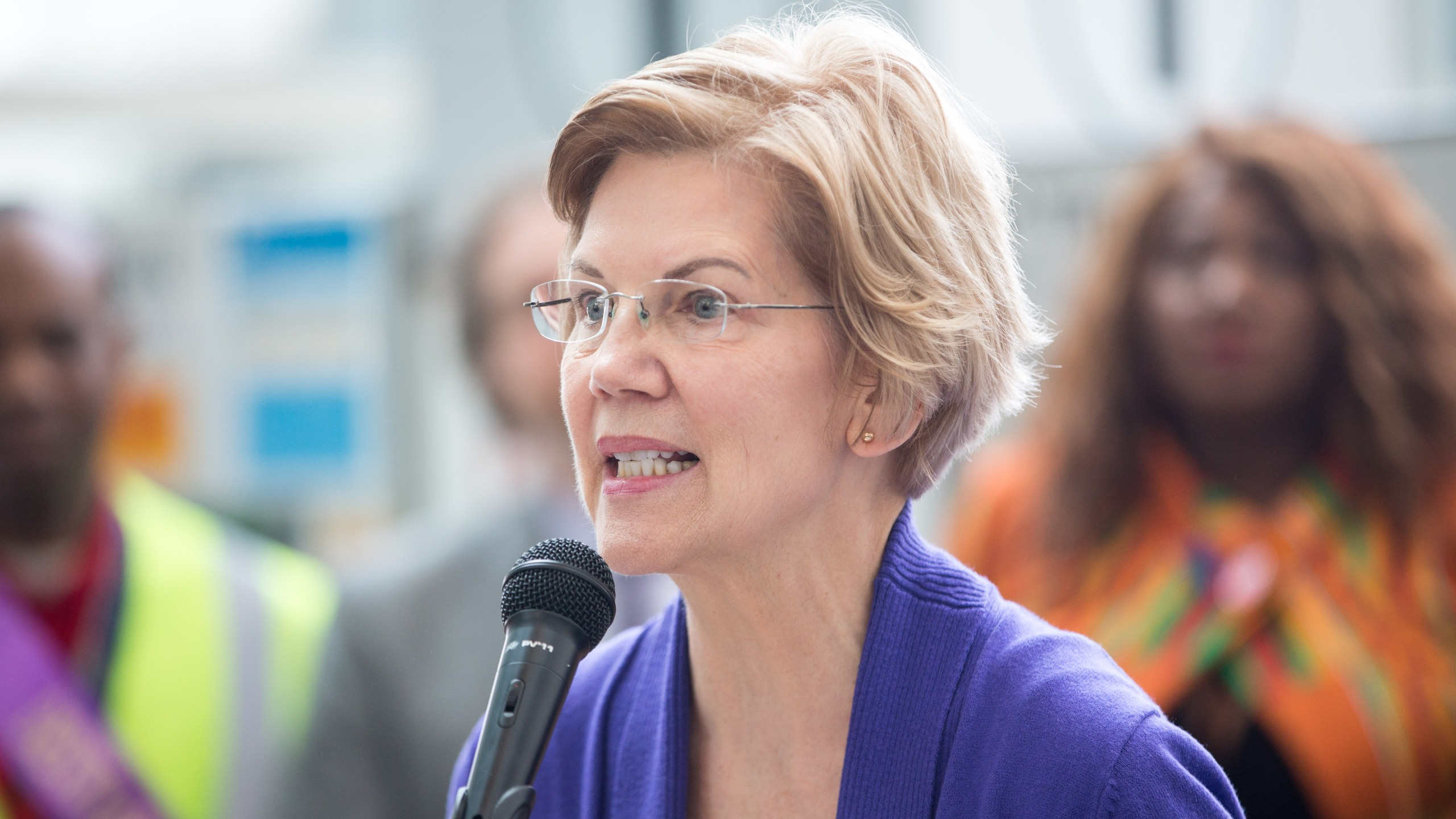 Sen. Elizabeth Warren (D-MA), speaks during a rally for airport workers affected by the government shutdown at Boston Logan International Airport on Jan. 21, 2019, in Boston, Mass. (Credit: Scott Eisen/Getty Images)