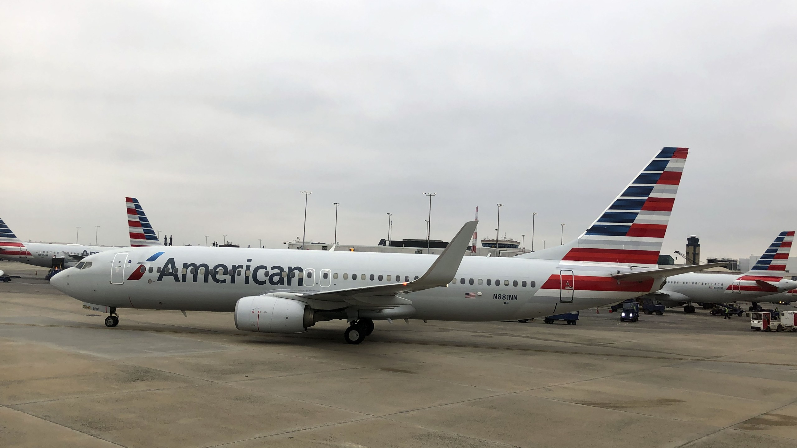 An American Airlines plane is seen on Feb. 17, 2019 at Charlotte International Airport in Charlotte, North Carolina. (Credit: Daniel Slim / AFP/Getty Images)