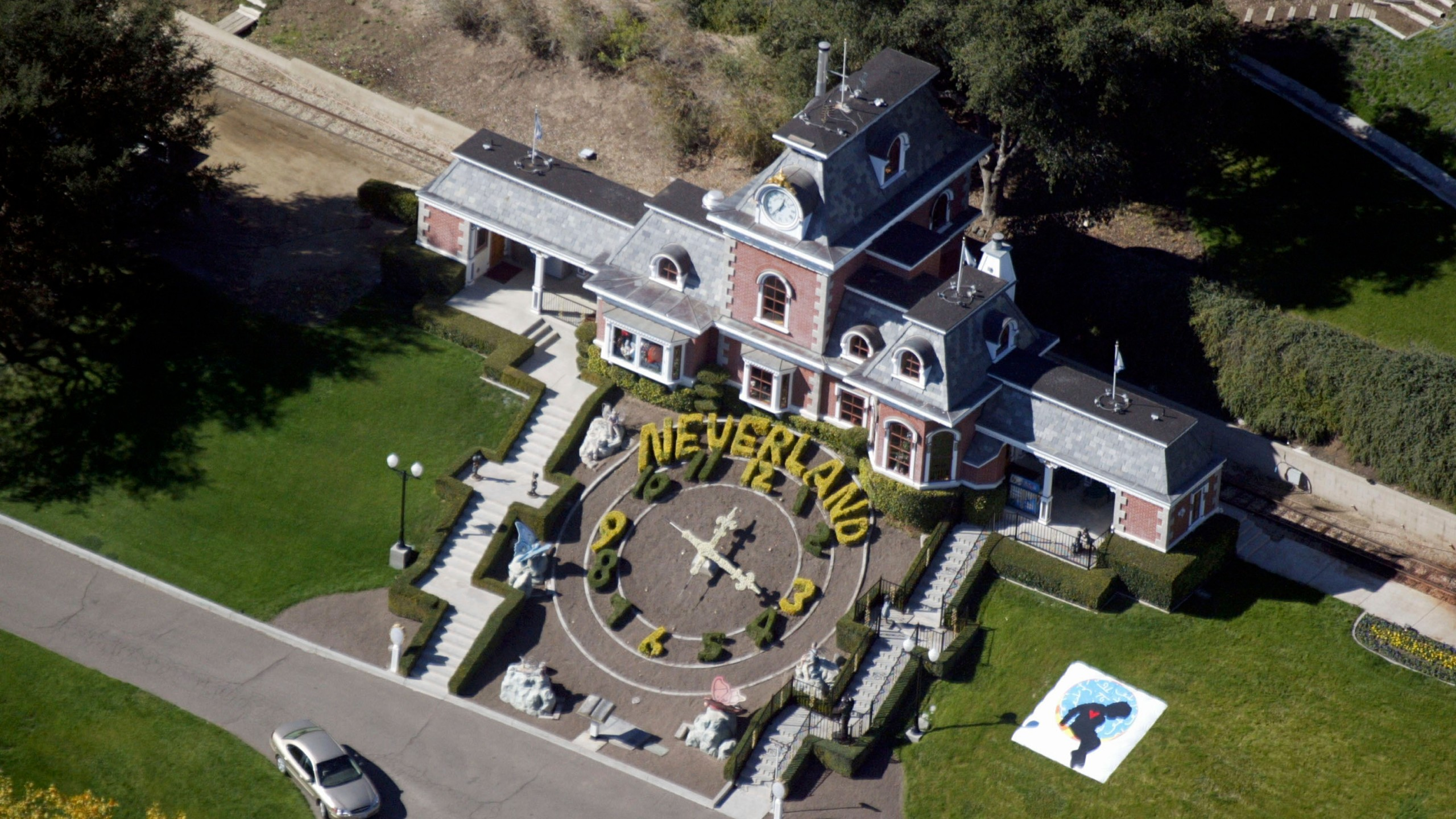 Michael Jackson's Neverland Ranch is shown November 18, 2003 outside of Santa Barbara, California. (Credit: Frazer Harrison/Getty Images)