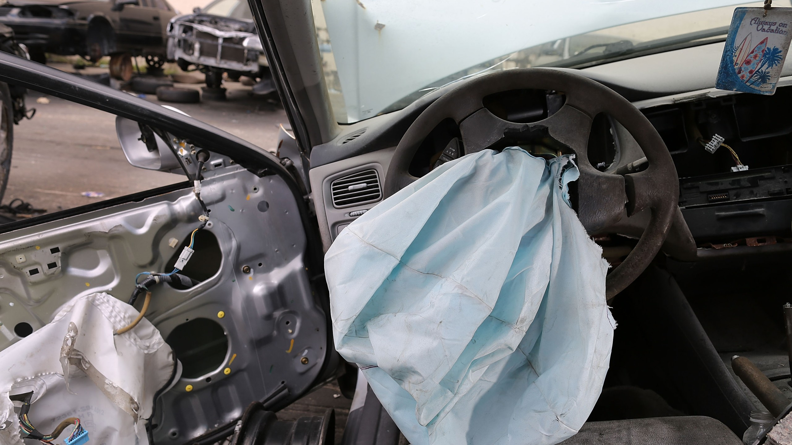 A deployed airbag is seen in a 2001 Honda Accord at the LKQ Pick Your Part salvage yard on May 22, 2015, in Medley, Florida.(Credit: Joe Raedle/Getty Images)