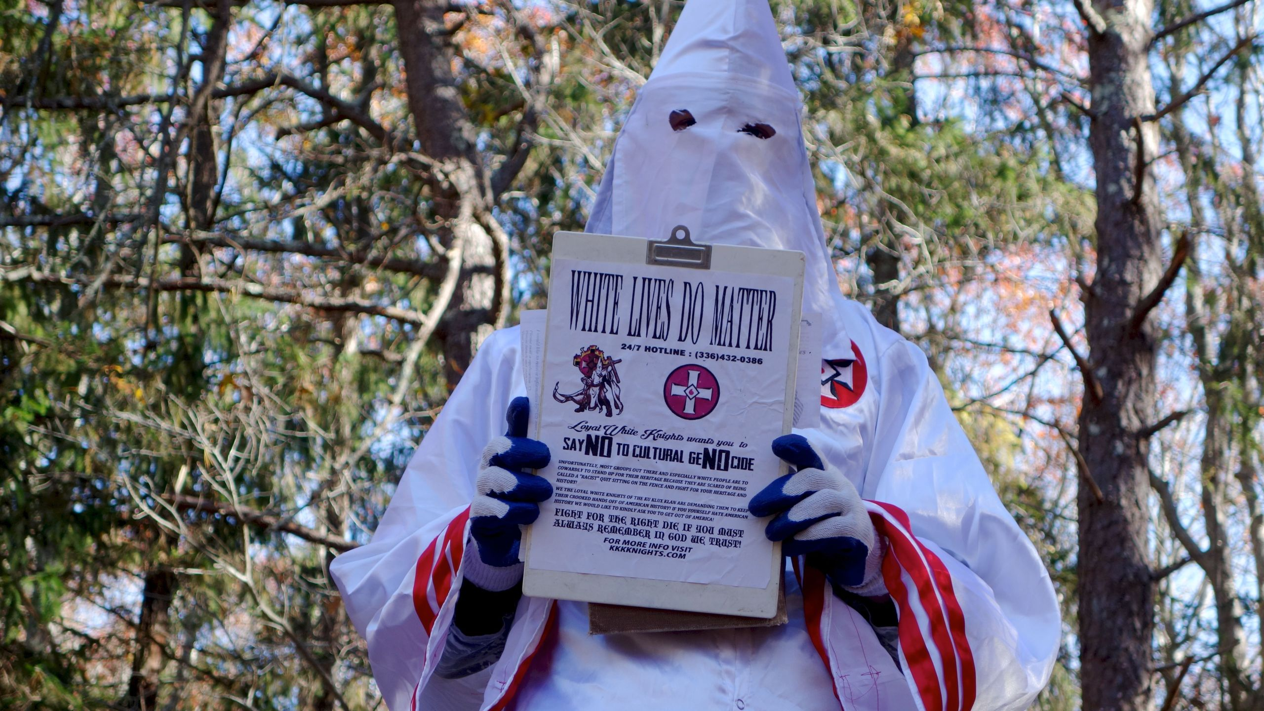 A member of the Ku Klux Klan who says his name is Gary Munker poses for a photo during an interview with AFP in Hampton Bays, New York on Nov. 22, 2016. (Credit: WILLIAM EDWARDS/AFP/Getty Images)