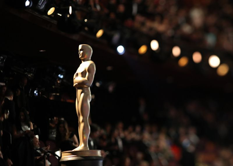 An Oscar statue at the telecast of the 89th Academy Awards on Sunday, Feb. 26, 2017, in the Dolby Theatre. (Credit: Robert Gauthier / Los Angeles Times)