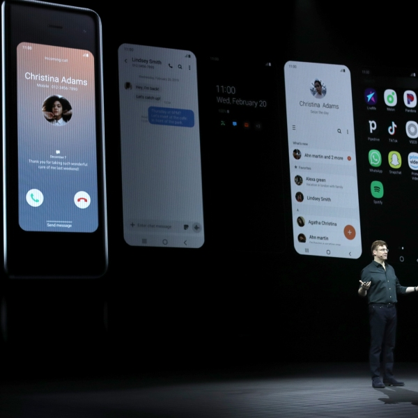 Samsung senior vice president of product marketing Justin Denison announces the new Samsung Galaxy Fold smartphone during the Samsung Unpacked event on February 20, 2019 in San Francisco. (Credit: Justin Sullivan/Getty Images)