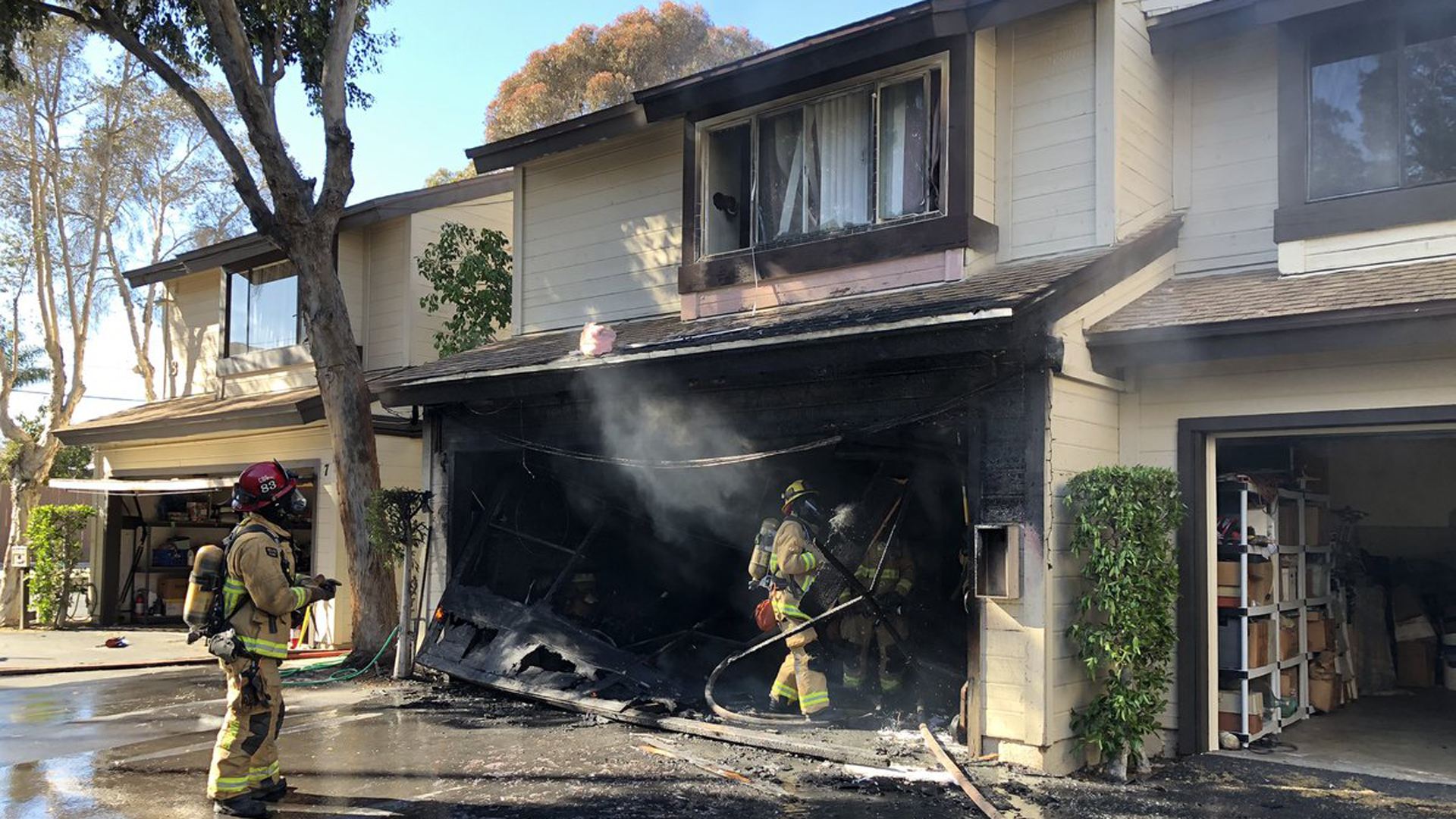 Firefighters quickly extinguished a fire at an apartment building in Costa Mesa on March 15, 2019. (Credit: Costa Mesa Fire Department)