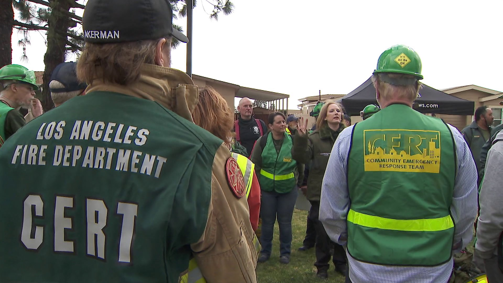 Los Angeles Fire Department officials an Community Emergency Response Team volunteers took part in a massive earthquake drill in Sylmar on March 9, 2019. (Credit: KTLA)