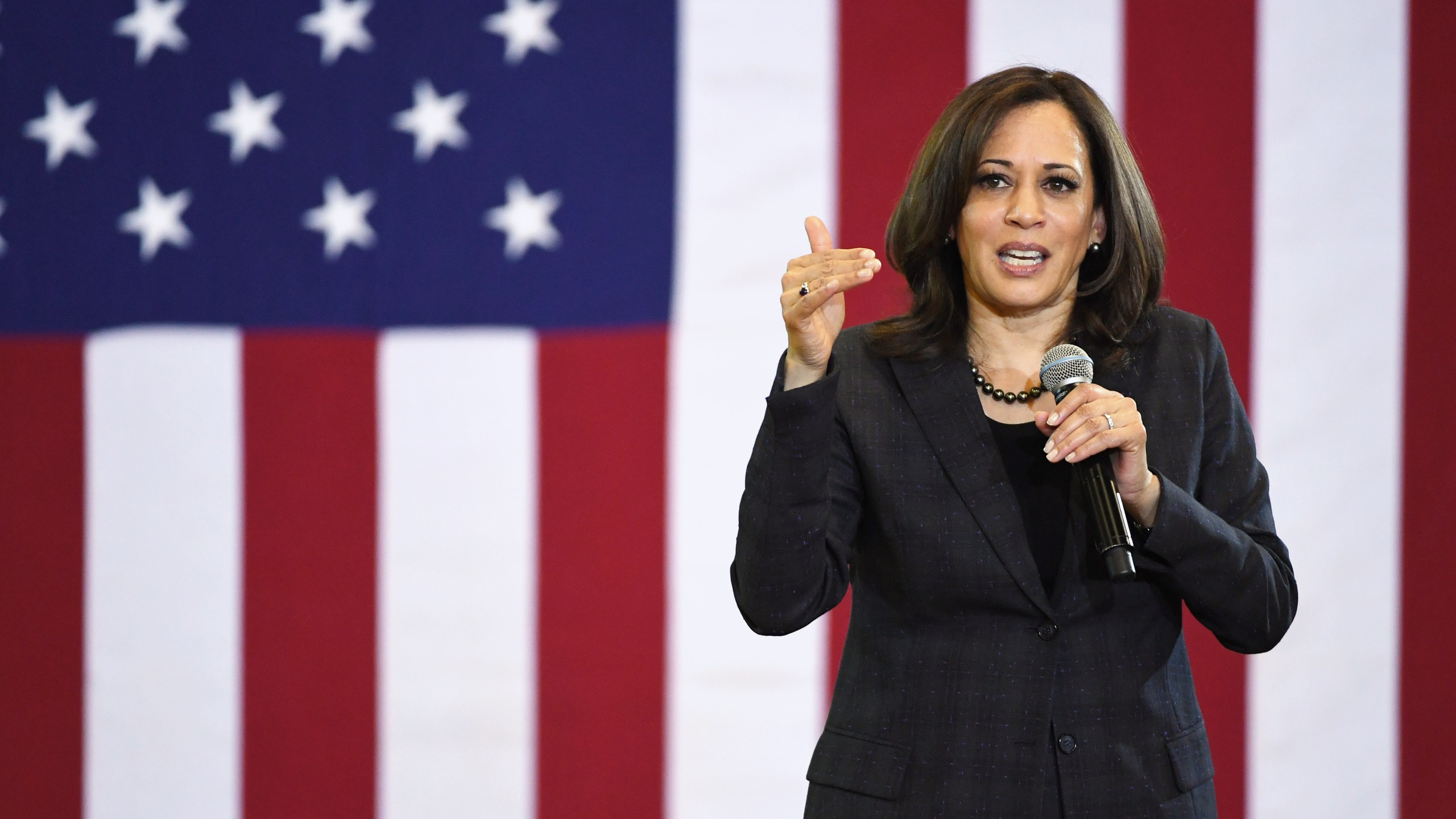 Sen. Kamala Harris speaks during a town hall meeting at Canyon Springs High School in North Las Vegas on March 1, 2019. (Credit: Ethan Miller / Getty Images)