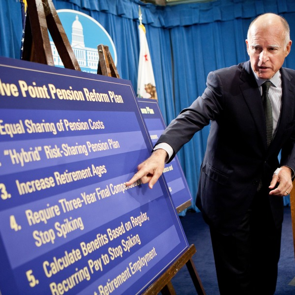 Jerry Brown announces his public employee pension reform plan October 27, 2011 at the State Capitol in Sacramento. (Credit: Max Whittaker/Getty Images)