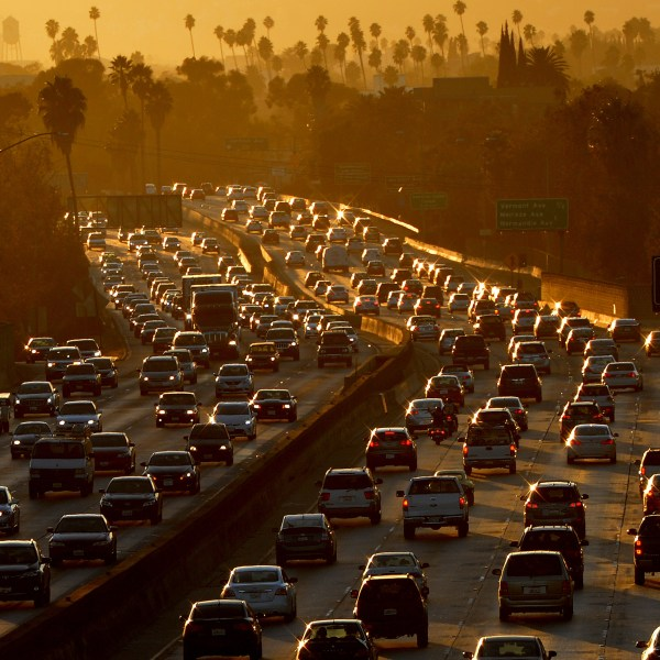 Heavy traffic clogs the 101 Freeway in Los Angeles on Aug. 29, 2014. (Credit: Mark Ralston/AFP/Getty Images)
