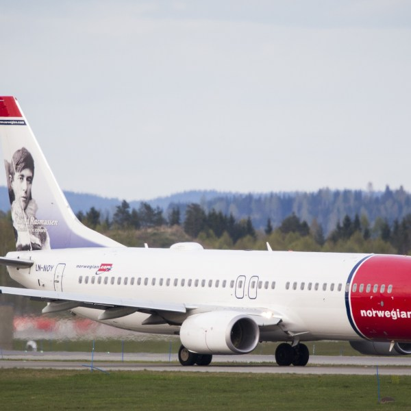 Picture taken on May 2, 2014 shows a Boeing 737-33S operated by Norwegian Air Shuttle on the tarmac at the Oslo Airport Gardemoen. (Credit: AAS, ERLEND/AFP/Getty Images)