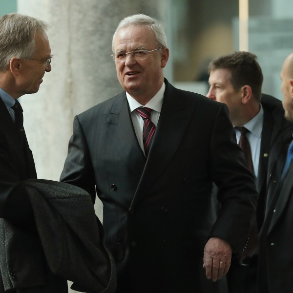 Martin Winterkorn (C), former CEO of German automaker Volkswagen AG, accompanied by his lawyer Kersten von Schenck (L), arrives to testify at the Bundestag commission investigating the Volkswagen diesel emissions scandal on January 19, 2017 in Berlin, Germany. (Credit: Sean Gallup/Getty Images)